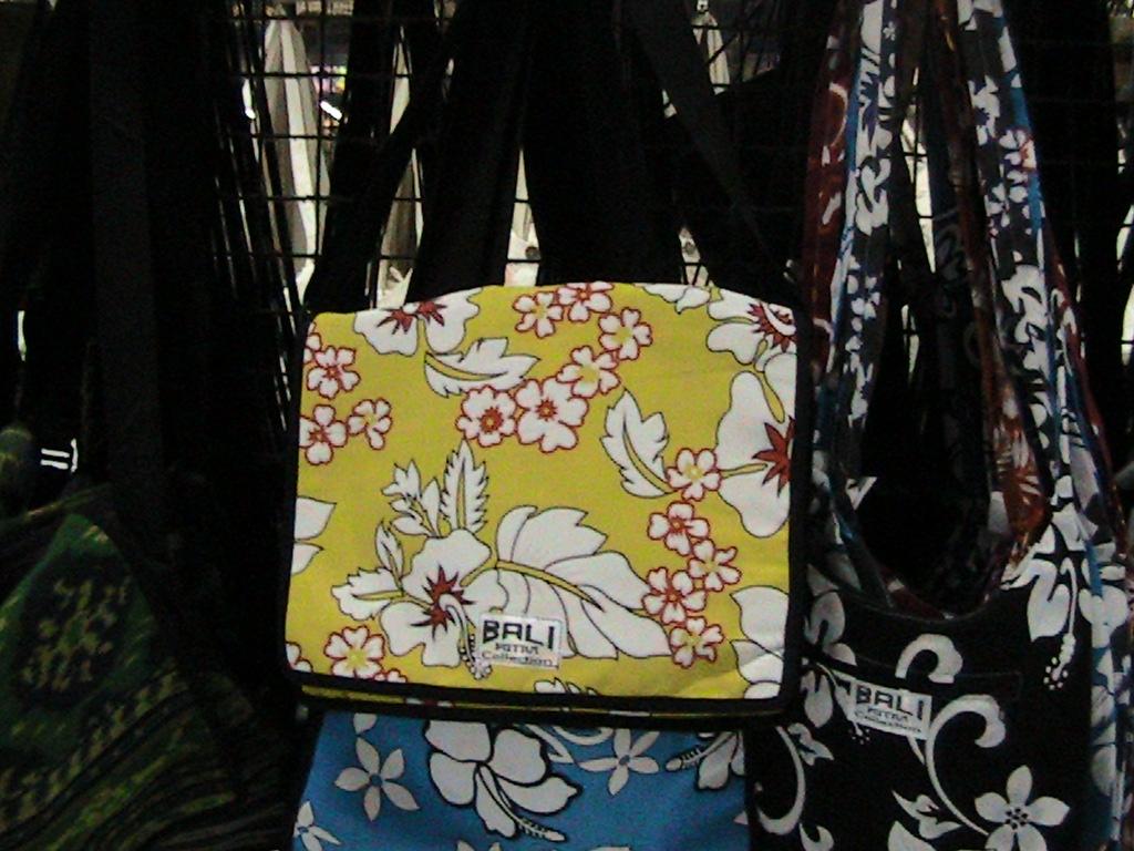 Bali Fashion Tas Slempang Kotak Motif Bungaharga Rp 35000 Selempang Bunga