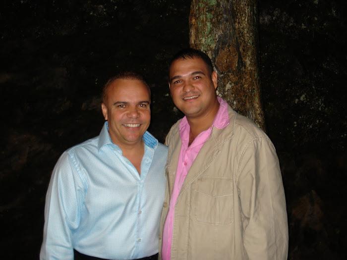 ALEX D CASTRO Y GUASASA
