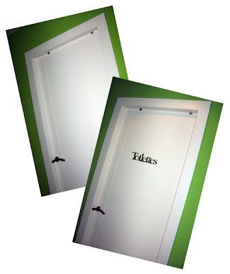 como decorar una puerta de interior con adhesivos de espejo