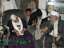 Pangersa Abah Anom dan Syekh Nazim Haqqani