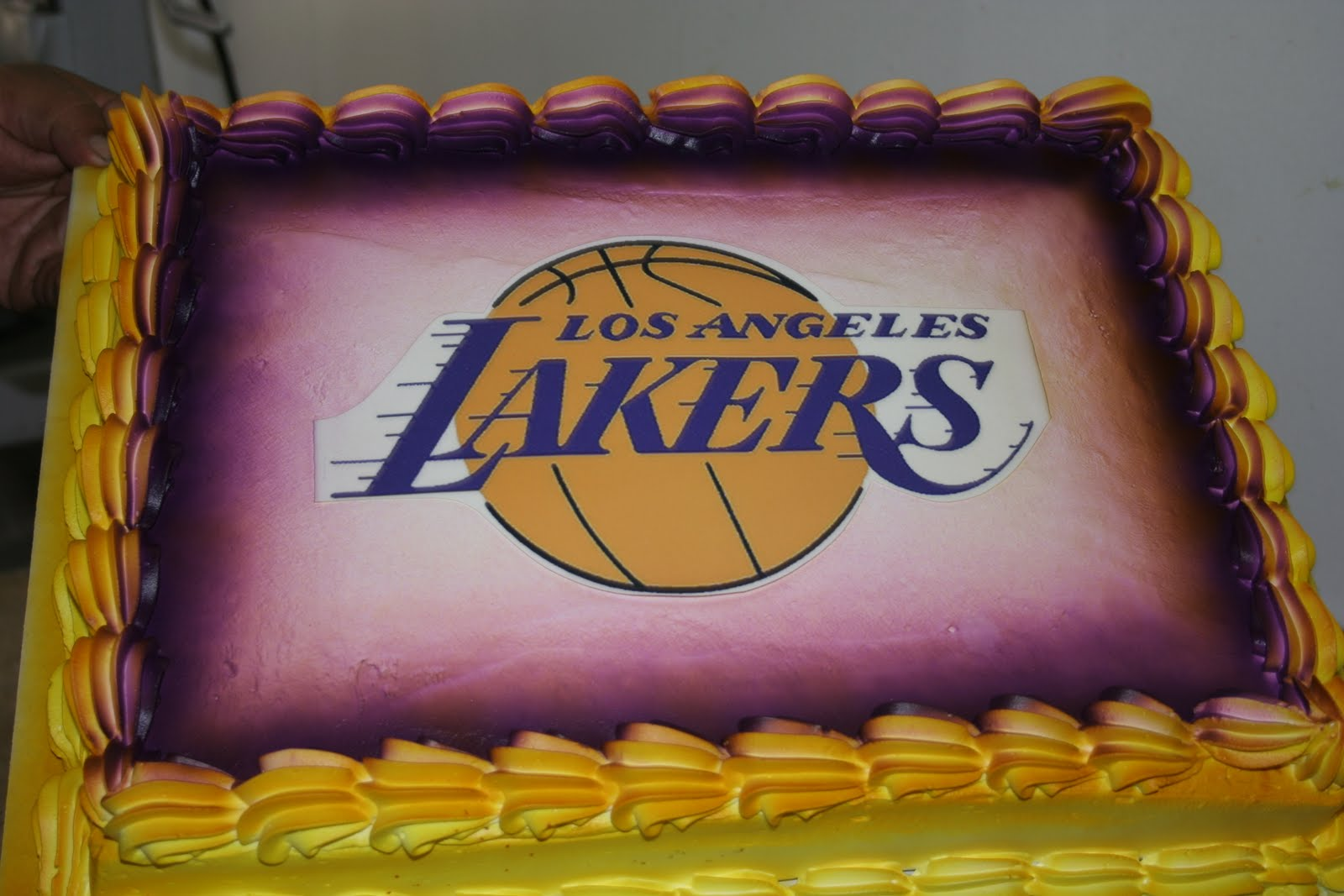 Baby Shower Cakes In Los Angeles ~ Hectors custom cakes: lakers cake