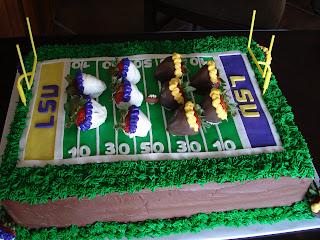 Lsu Cupcake Cake