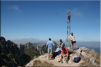 Cruz del Castillo 1.432 m. - 2,15 h.