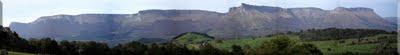 Ampliar panorámica de la Sierra Garobel / Salvada