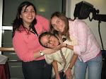Dona Antonieta e duas meninas