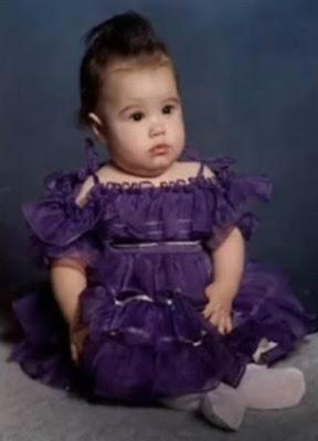 Demi Lovatochild on Demi Lovato Baby Picture Jpg