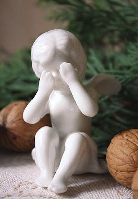 porcelanowy aniołek