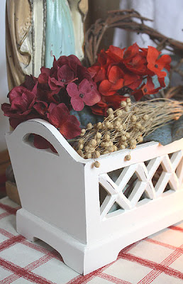 żardiniera - drewniana osłonka na doniczki