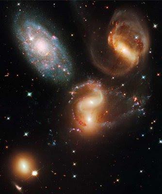 Un grup de cinci galaxii denumit Stephan's Quintet