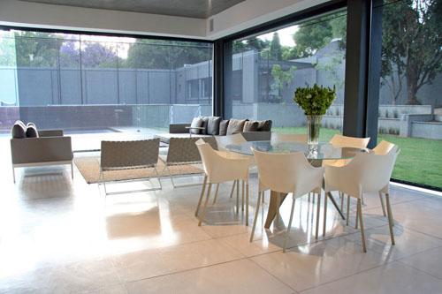 Greatinteriordesig luxury south african johannesburg for Home decor johannesburg