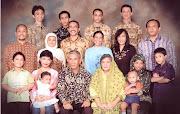 Keluarga besar Soekartono