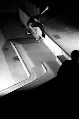 1º Lugar Luan Oliveira é o campeão do circuito Freeday de skate no brasil em 2005