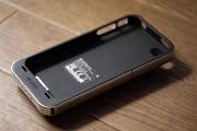 一体型ケース > 充電中にiPhone使うなら断然便利; 大容量1500mAh > フル充電1 .