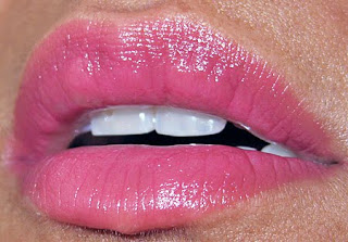 MAC, DSquared, Blood Red, swatches, lip swatches, NC35