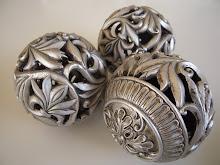 Dekorationsbollar...