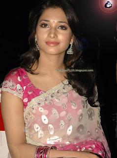 tamanna bhatia looking graciously in saree
