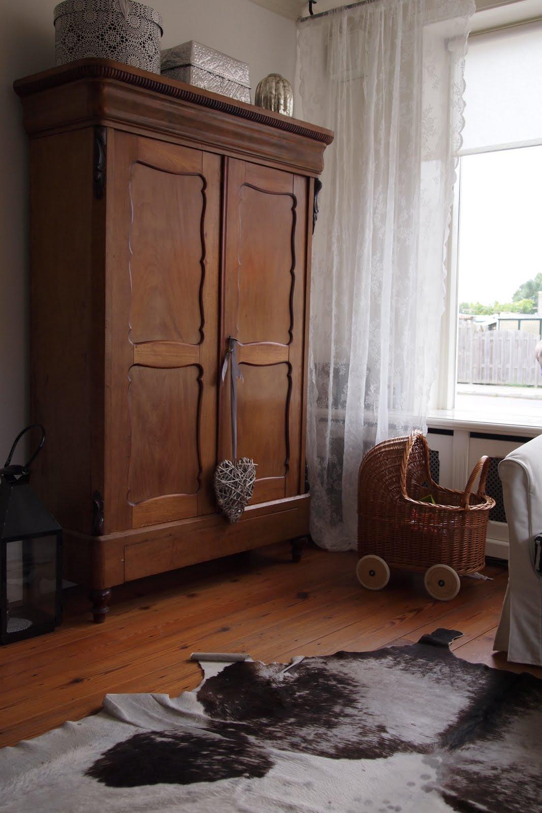 Grote woonkamer kast: grote woonkamer knus inrichten.