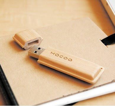 http://2.bp.blogspot.com/__BXF2oCwUd0/ShthA3N12wI/AAAAAAAABQY/po_x_p0Kimo/s400/hacoa_USB_portmonaca.jpg