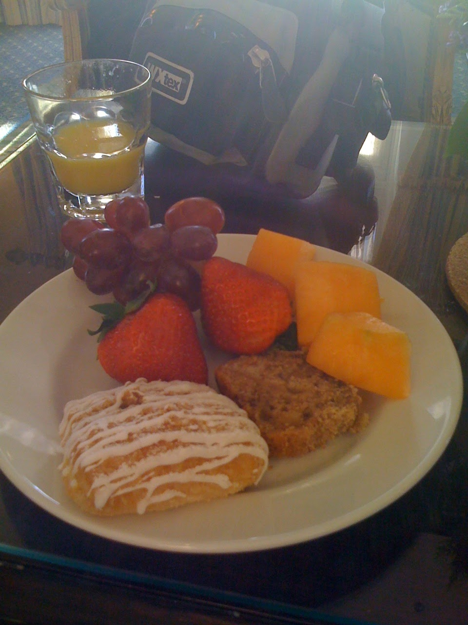 Club-Level-Continental-Breakfast-Boardwalk-Disney-Resort
