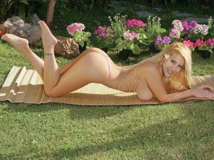 vanesa cabeza foto desnuda: