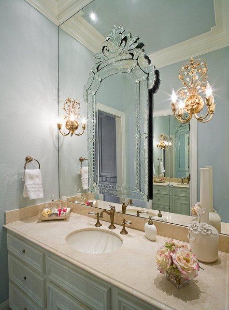 Life at rose cottage old hollywood bathroom for Glamorous bathroom designs