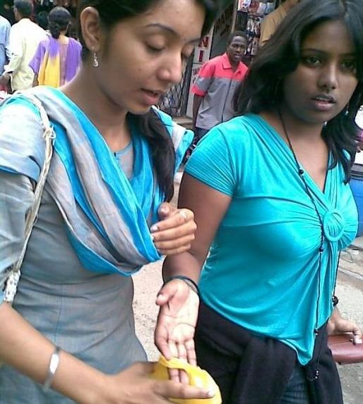 Indian Lessbian girl showing her nipple in bazar ready to fuck 18 Pics
