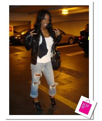 http://2.bp.blogspot.com/__GAjGKAhlw8/SSM8gKfsvQI/AAAAAAAABvs/Xtr5bRRRLuE/s400/Boyfriend+Jeans_Page_0.jpg