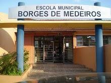 ESCOLA MUNICIPAL DR. BORGES DE MEDEIROS