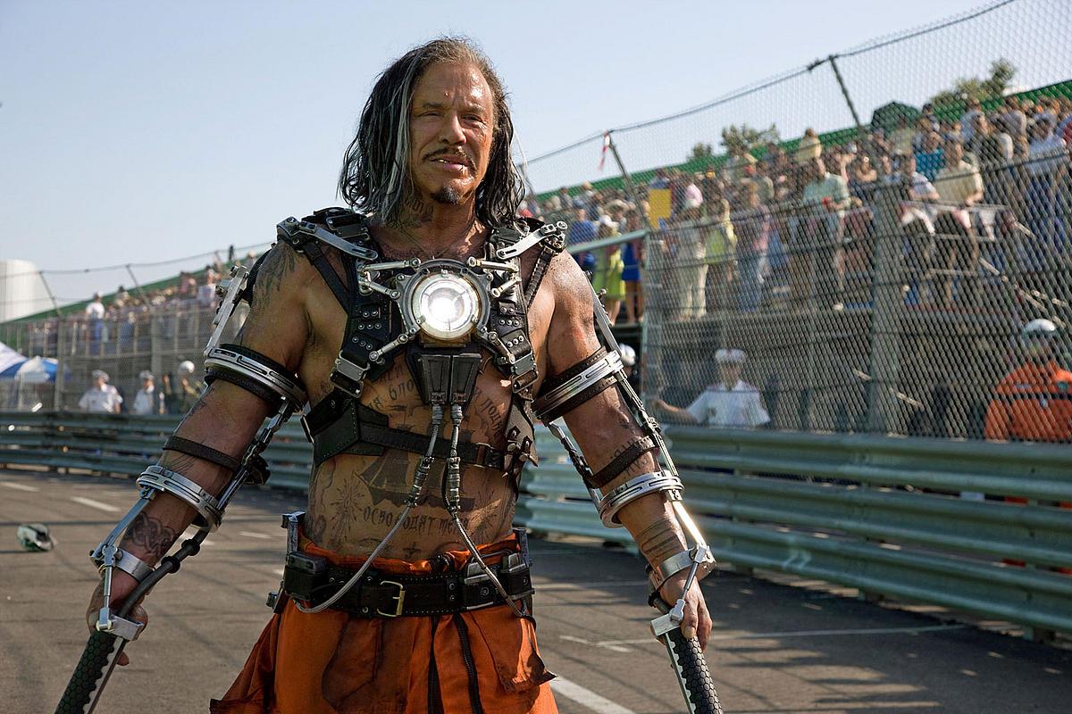 http://2.bp.blogspot.com/__GK_9c-Gu-k/S_K2fWDwQwI/AAAAAAAAA2A/e7a6wOgqN8g/s1600/homem-de-ferro-2-cinema-SaladaCultural_com_br-566.jpg