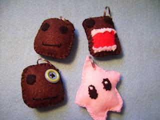 Olaf Amigurumi Free Pattern : Amigurumi Zoo: Sackboy, Domo Kun & Mario galaxy Luma Keyrings!