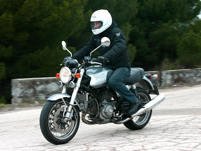 Foto 03 Ducati Sportclassic GT
