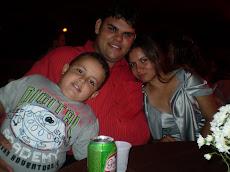 Componente do Trio Agape - Junior e sua Esposa Miriam e Filho Netinho...