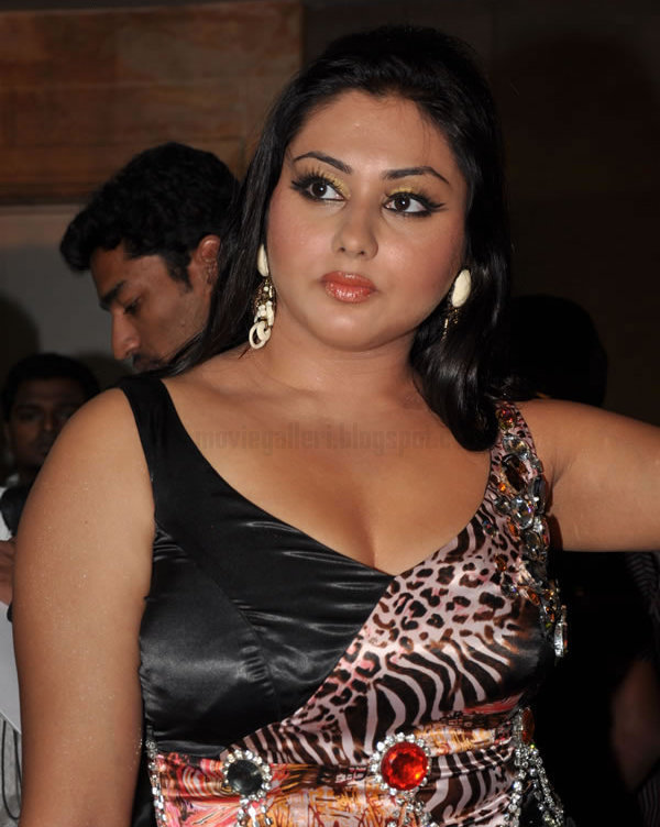 Namitha hot sexy exposure during an inaugural functionexclusive actress gallery wallpapers