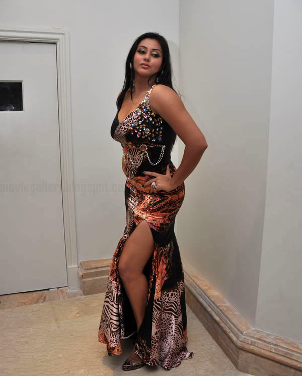 Namitha hot sexy exposure during an inaugural functionexclusive actress gallery gallery pictures