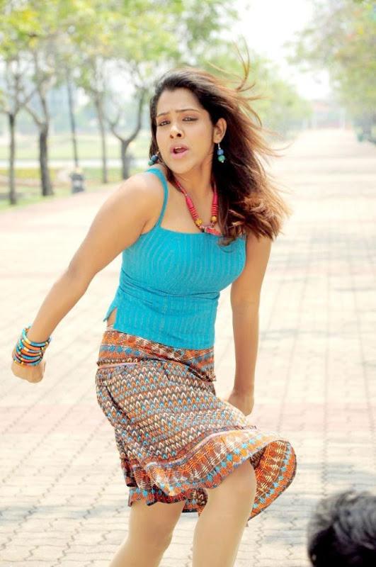 SandhyaKadhalsexy tight boob showwet armpitsseducing hot  gallerysexy photo galleryexposures hot images