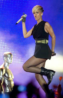 Rihanna-Dance-Tel-Aviv-2