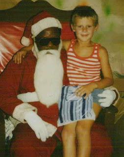 http://2.bp.blogspot.com/__N70qf6G94U/Sx6Hf4vi-YI/AAAAAAAAAOM/EULOQSFSiY4/s320/49+santa+guy.jpg