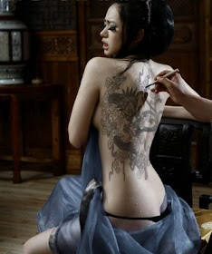 Hot and Sexy Japanese Tattoo Designs For Females