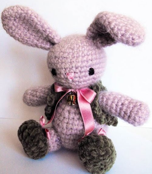 Free Crochet Patterns Of Bunnies : 2000 Free Amigurumi Patterns: Bunny