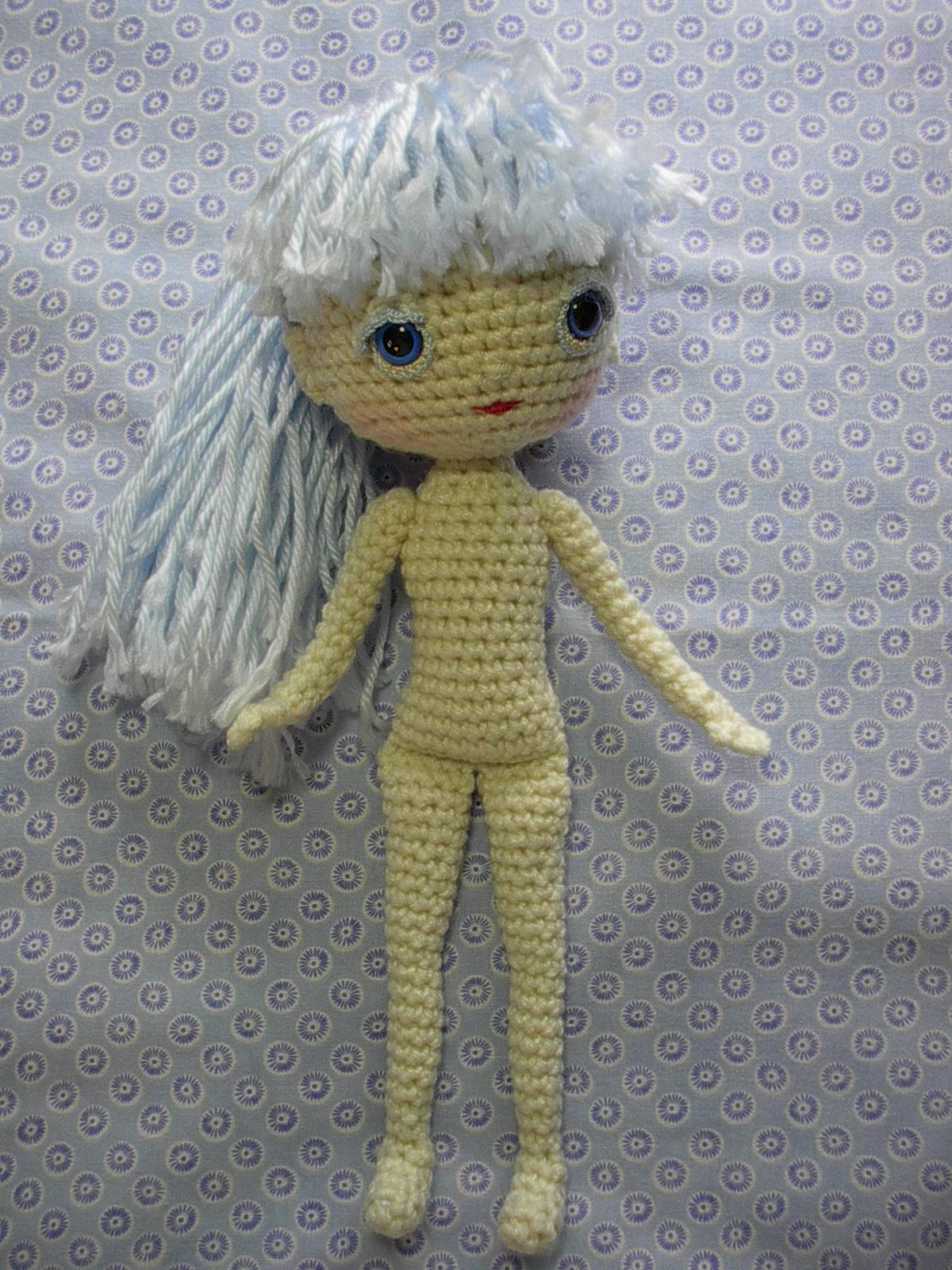 CraftyAnna: Free Crochet Pattern: Heart Shaped Baby Doll | Crochet