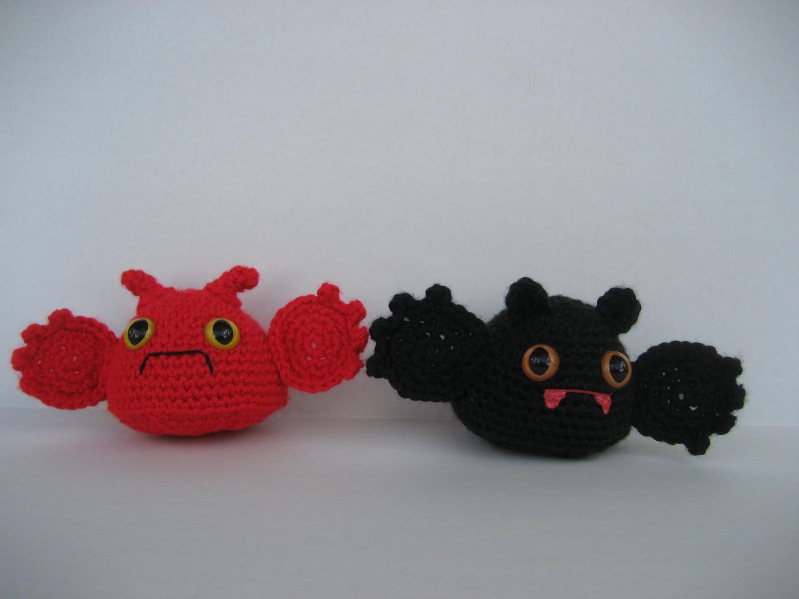 Make Amigurumi Bat Crochet : 2000 Free Amigurumi Patterns: Little Bats
