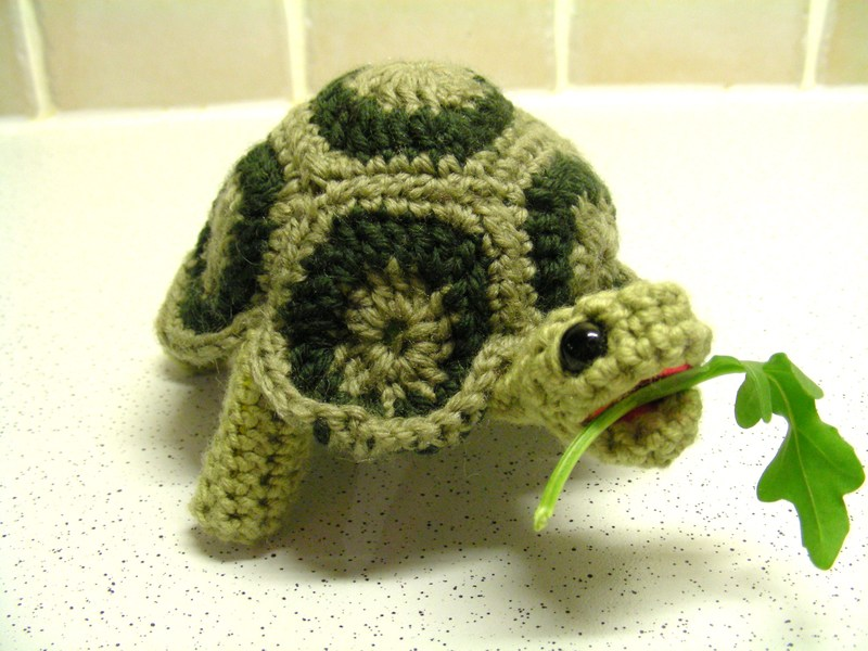 2000 Free Amigurumi Patterns: Turtle