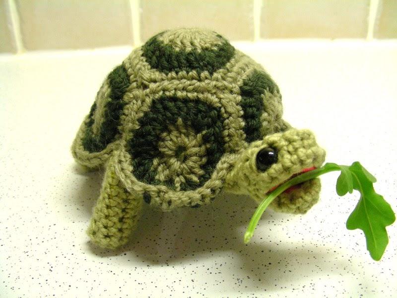 Amigurumi Turtle : 2000 Free Amigurumi Patterns: Turtle