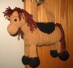 Free Pattern Crochet Horse : 2000 Free Amigurumi Patterns: Horse purse pattern