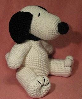 Amigurumi Patterns Snoopy : 2000 Free Amigurumi Patterns: Snoopy