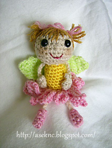 Amigurumi Fairy Free Pattern : 2000 Free Amigurumi Patterns: Flower Fairy