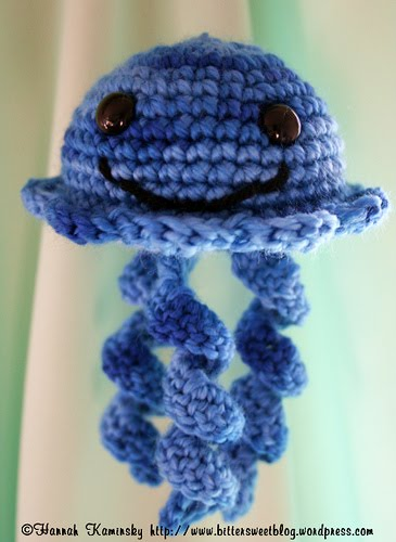 Free Crochet Pattern For Jellyfish : 2000 Free Amigurumi Patterns: Jellyfish