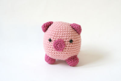 Pig and Mouse Slippers Crochet Pattern | Red Heart