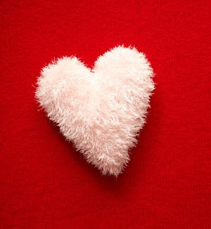 Amigurumi Heart Pillow : 2000 Free Amigurumi Patterns: Heart Pillow