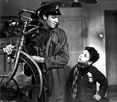 "bicycle thieves neorealism essay V1) fs 121 presentation_italian neorealism 2) andre bazin, ""neorealism and pure cinema: the bicycle thief"" (pdf) 3) cesare zavattini, ""some idea on the cinema."